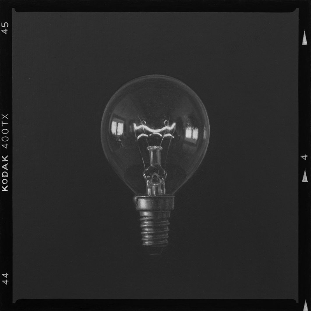 Contact sheet. ( Light bulb ) Kodak 400TX. Ivan Franco